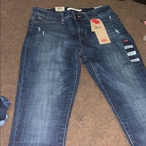 Levis skinny jeans mid rise 711